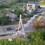 Триває реконструкція пішохідного мосту в Чугуєві